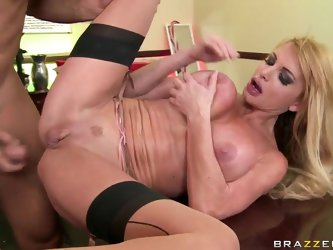 Taylor has a meeting with Ramon, who is a great fun of big tits. She shows the benefits of pounding her sweet wet pussy and Ramon can't but merge