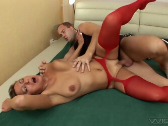 Busty mature Erika spreads her legs to be penetrated balls deep