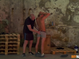 Amateur gay dude gets tied up and tortured by a mature pervert