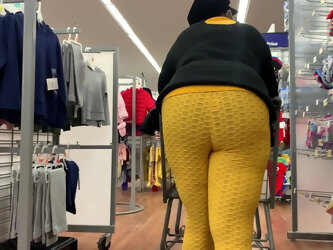 Black granny shows sexy deep wedgie