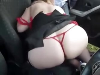 Amateur dogging sex video with a mature woman. Sexy MILF loves to play with strangers in her car. See more dogging