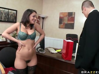 Charley Chase tries to avoid working with Bruce Venture, but it seems to her that there is no escape from his importunate attention. She must fuck him